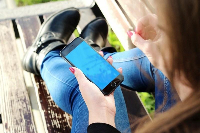 disattivare-o-attivare-segreteria-vodafone-su-iphone-e-samsung